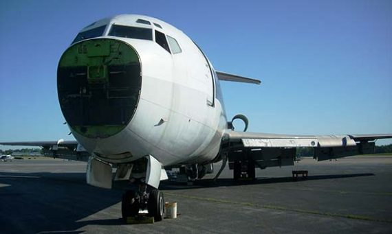 Boeing 727 is ready for recycling