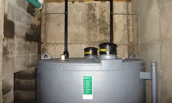 Residential-900-gallon heating oil tank installed