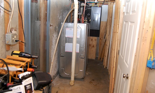 Roth tank installed in basement of New Hampshire home