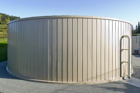 A bolted water tank built by Tarsco
