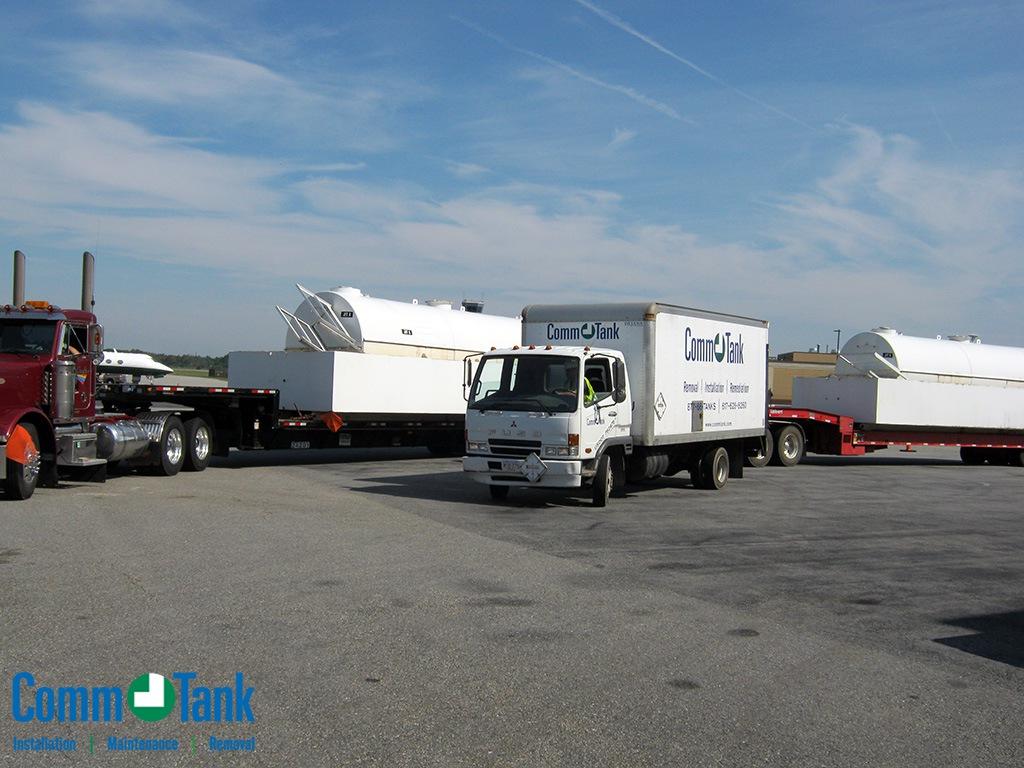 img_57e56e363035b_Massport_Tanks_on_trailers