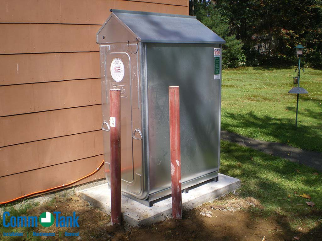 img_59f78c62d27be_Roth-Tank-Installed-Outside