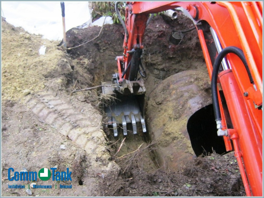 img_550c97ea7a5dd_Residential-Underground-Tank-Removals-4