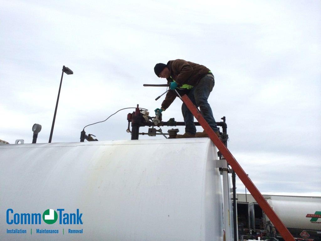 img_564f77b63b17e_Tank-Inspection-Service-1