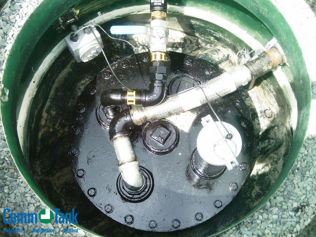 img_57b2217cf11fa_Xerxes-Fiberglass-Underground-Gasoline-Tank-3