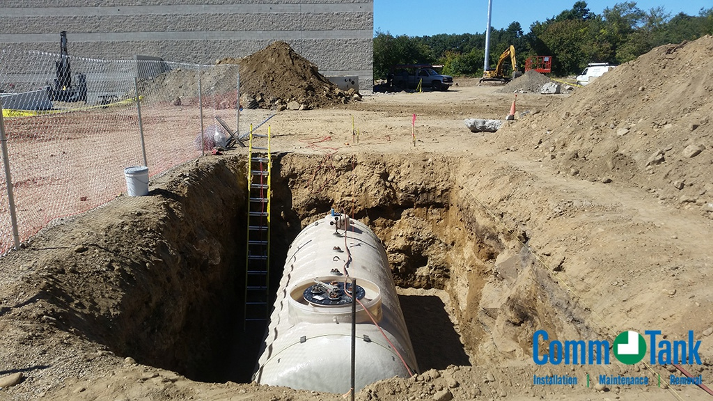 img_584b24d1c4420_Containment-Solutions-Underground-Gasoline-Tank-2