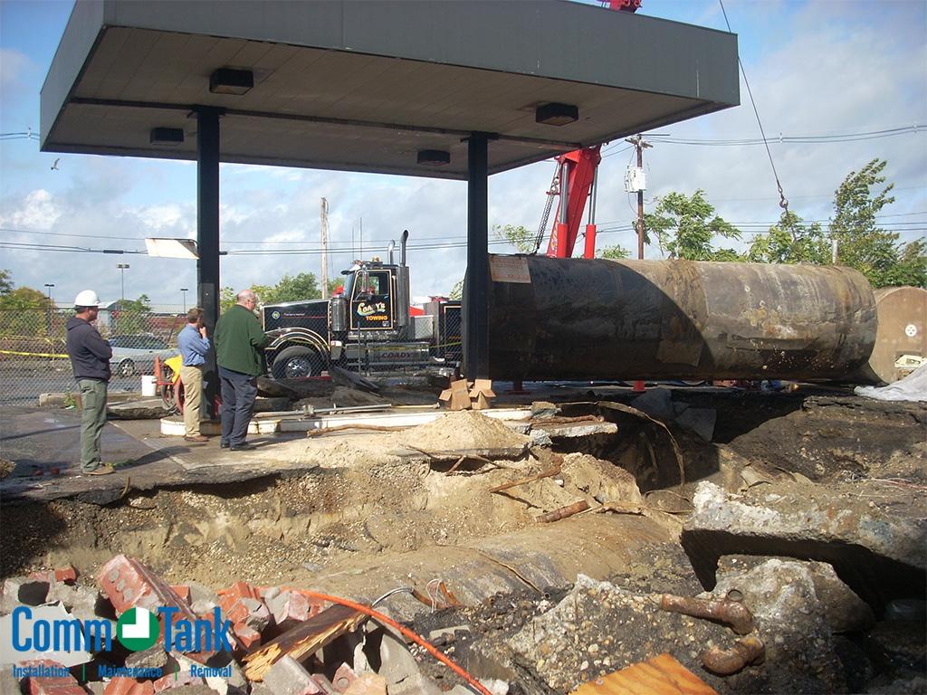 img_57bb1efde16db_Underground-Gasoline-Tank-Removal-1