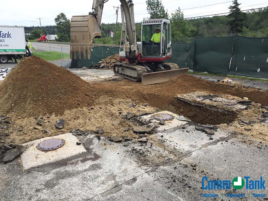 img_5ba2e0ff61a0a_Underground-Tank-Excavation